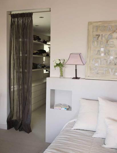 Iluminar el dormitorio algunos ejemplos que te servir n for Espejos enteros para habitaciones