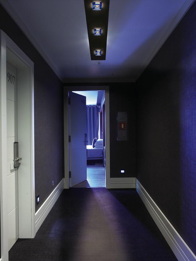 Iluminaci n en pasillos blog iluminaci n y l mparas - Lamparas para pasillos casa ...