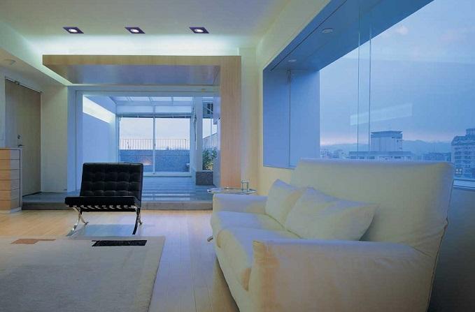 C mo iluminar el salon peque os consejos de for Salon comedor minimalista