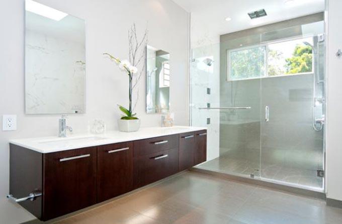 Ideas de iluminación para tu baño. Apliques y plafones en Lamparas.es