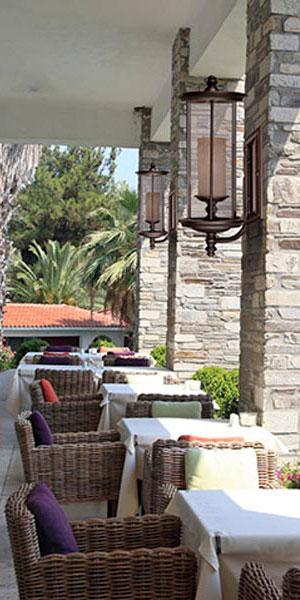Iluminaci n de estilo r stico perfecto en bodegas y casas - Lamparas para porches ...