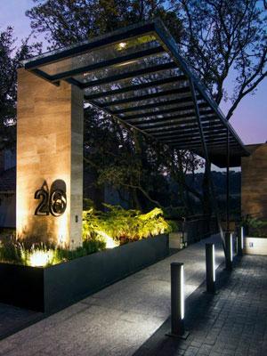 iluminación-entrada-exterior