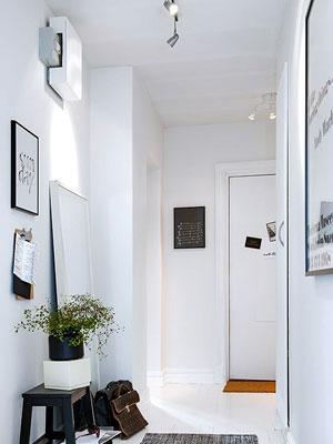 Consejos para decorar un pasillo con luz - Iluminacion focos techo ...