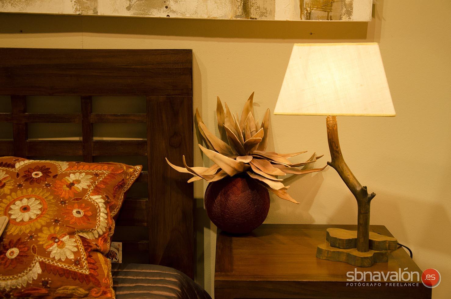 Lámpara de mesa artesana