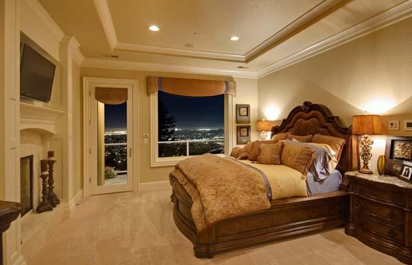 Ideas para iluminar un dormitorio clásico