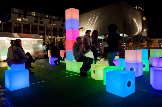 Get-Pixelated-with-the-Pixels-2-0-Light-Installation-4