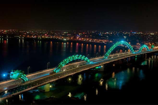 Puente Dragón en Vietnam