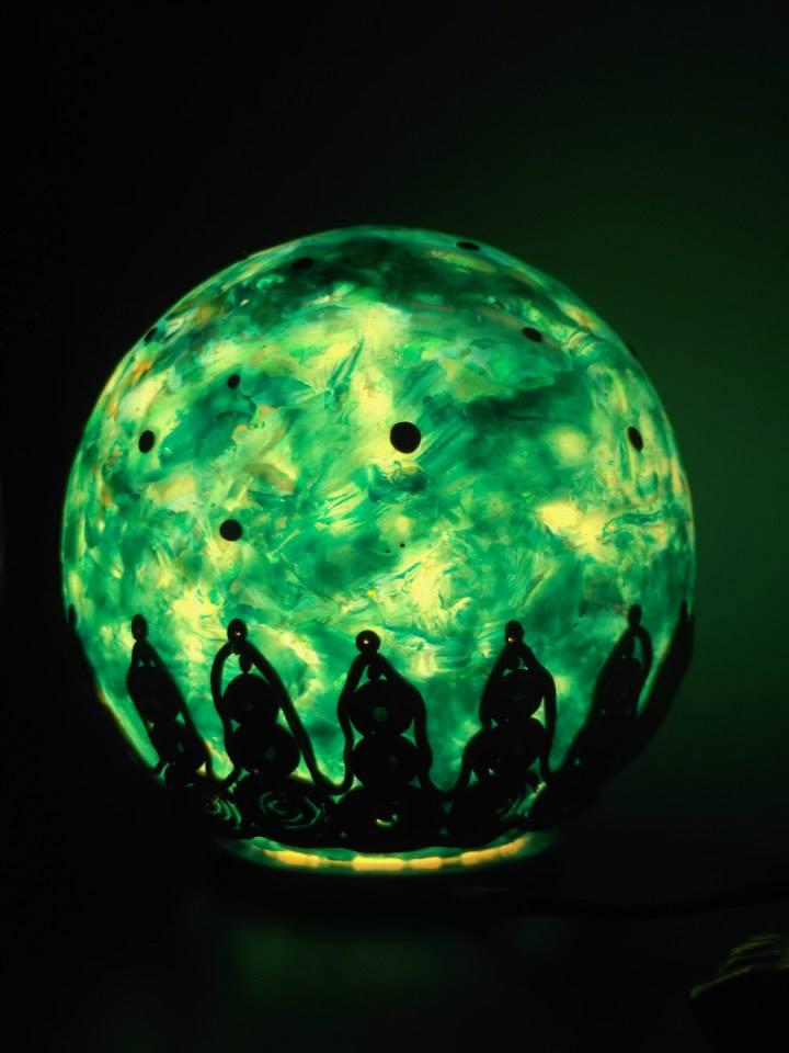 lampara-mundo-acuatico-encendida