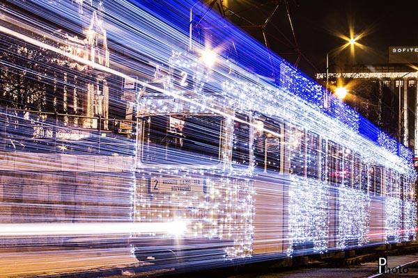 budapest-christmas-tram-3lamparas