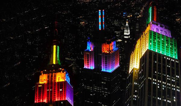 Newyork-empirestate iluminado