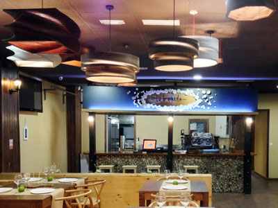 restaurante-lamparas-carton