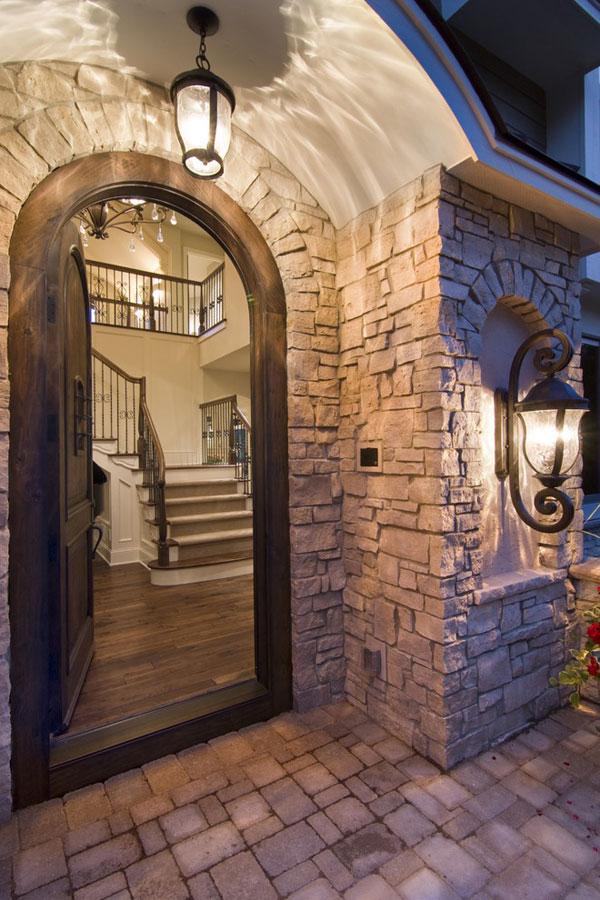 exterior-savoy-house