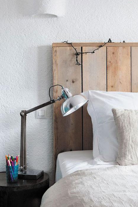 dormitorio-flexo-mesilla-rustico