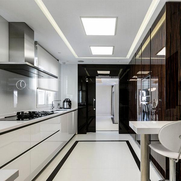 Que l mpara de techo elegir para mi cocina blog de for Cocina separada por un techo de vidrio