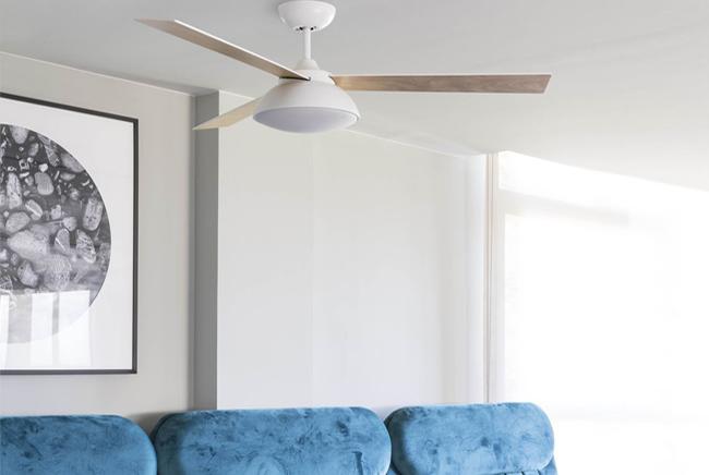 Ventilador silencioso de madera con luz LED