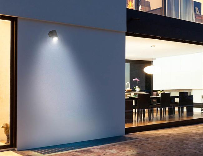 Foco LED de exterior con piqueta Kat (12W)